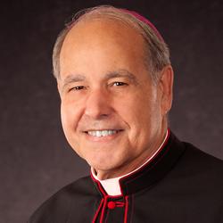 Obispo Felipe Estévez